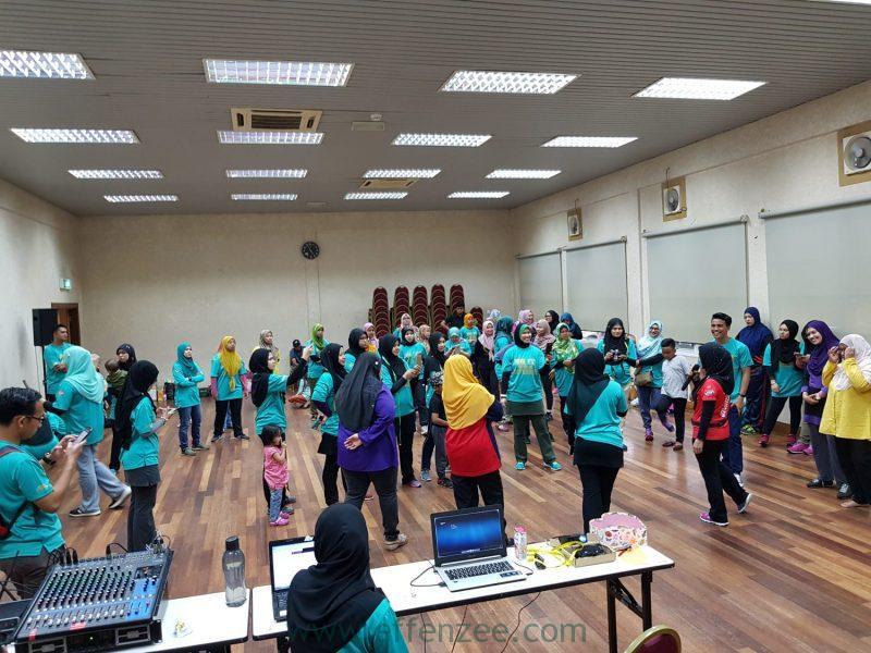 Jom Fit Putrajaya bersama Losyen Kurus Bakar Lemak EFFENZEE